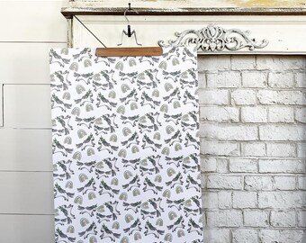Gift Wrap / Paper