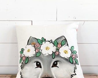 20x20  Pillow - Wolf with Flowers / Pink Floral Back