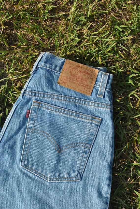Vintage 90s Levis Jeans - image 5