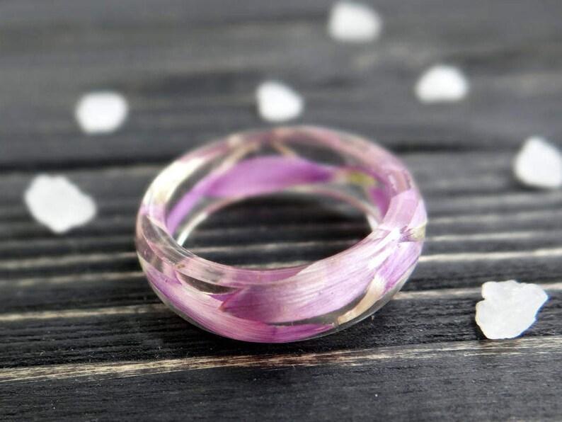 Pressed flower Resin ring Everlasting flower ring Promise ring image 0
