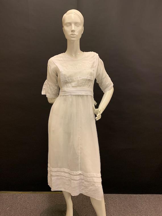 Edwardian lawn dress