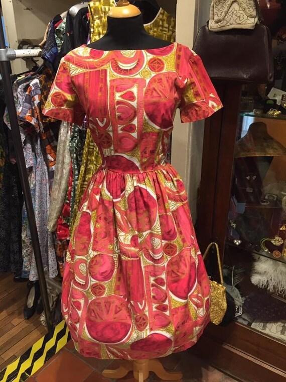Fantastic 1950s novelty print day dress