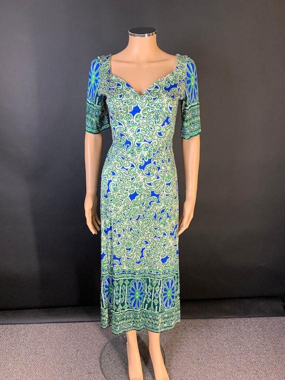 Beautiful 1970s border print midi dress