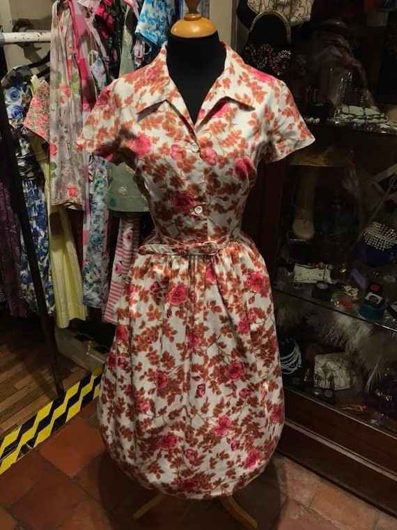 50's beautiful cotton day dress