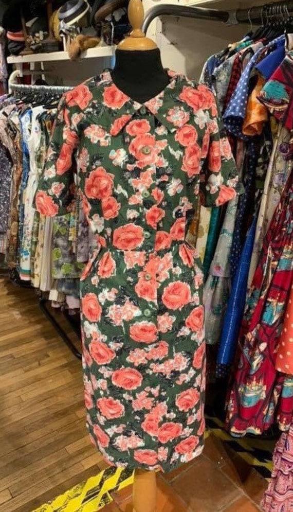 Stunning crisp cotton 1950s rose print dress