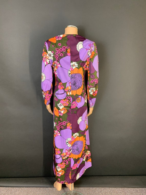 Fab volup 1970s maxi dress - image 5