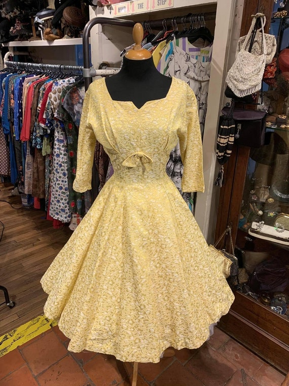 Pretty 1950s brocade dress