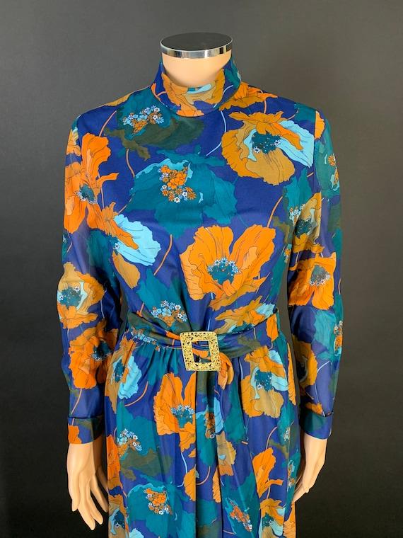 Fantastic 1970s volup maxi dress - image 2