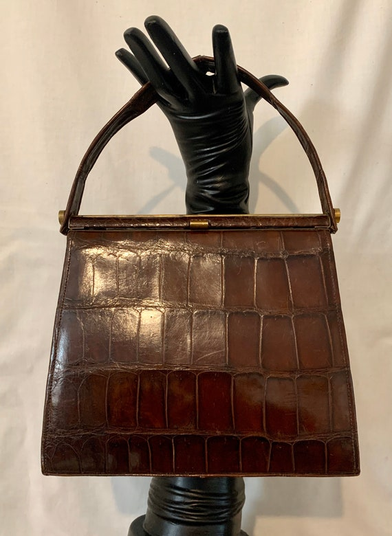 40's crocodile bag