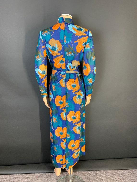 Fantastic 1970s volup maxi dress - image 6