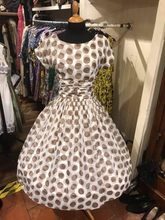 Gorgeous 1950s chiffon dress