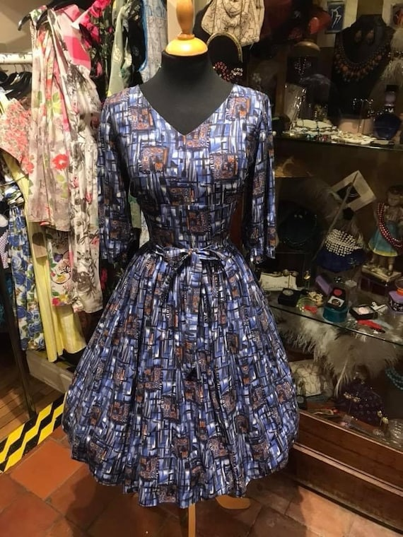 Beautiful 50's cotton dress