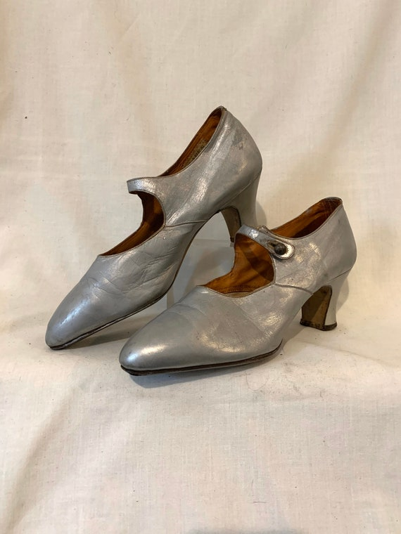 20's Mary Janes