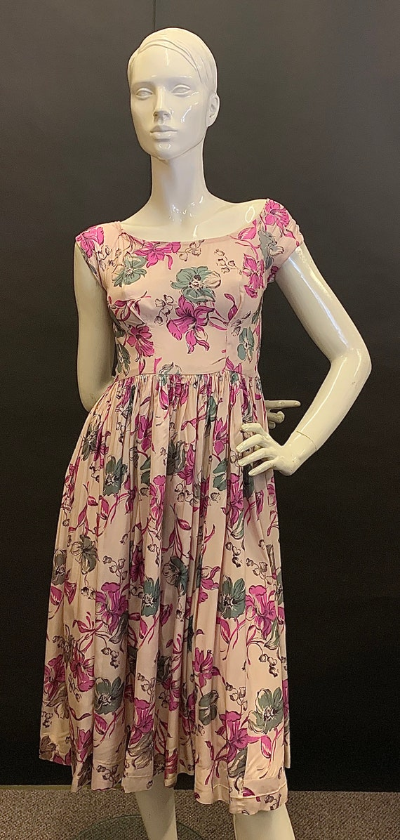Stunning rayon 1940s dress