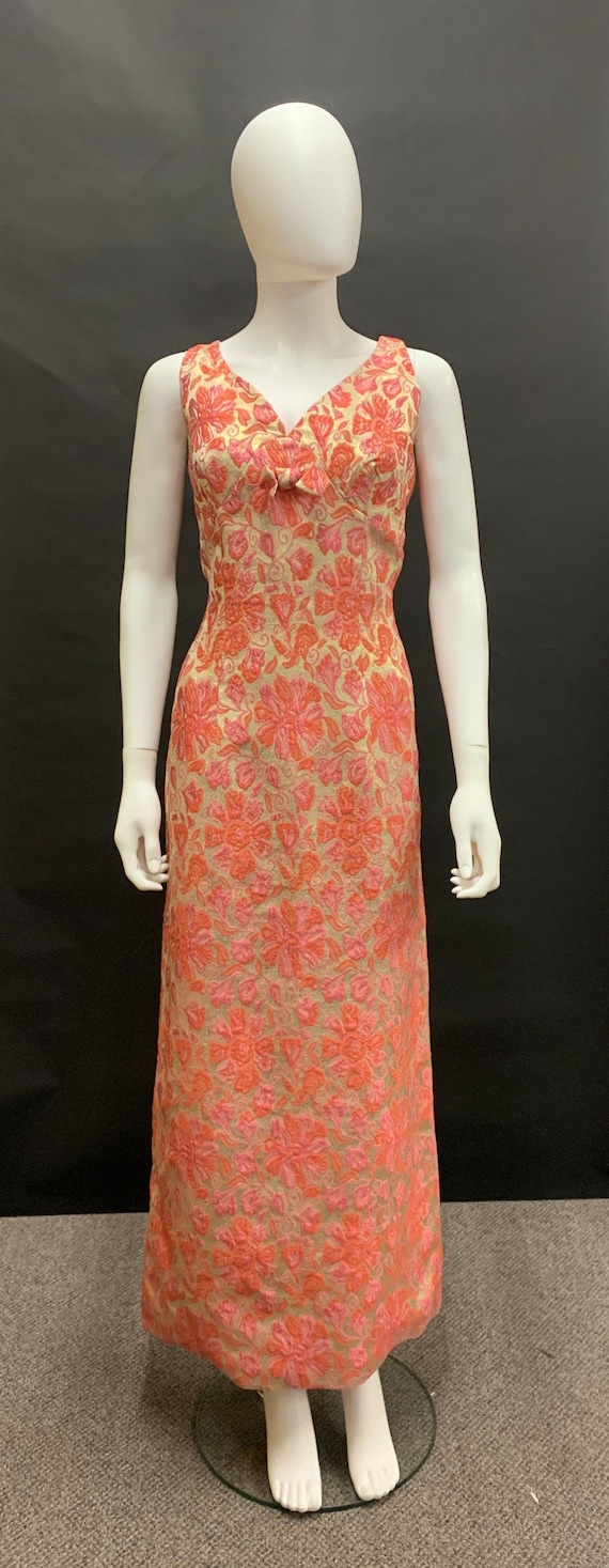 Gorgeous volup 60's dress