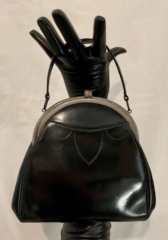 Early 1930s leather bag