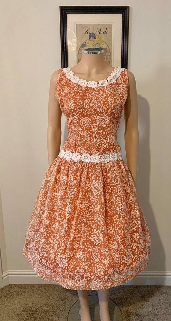 Pretty 1950s flocked dress