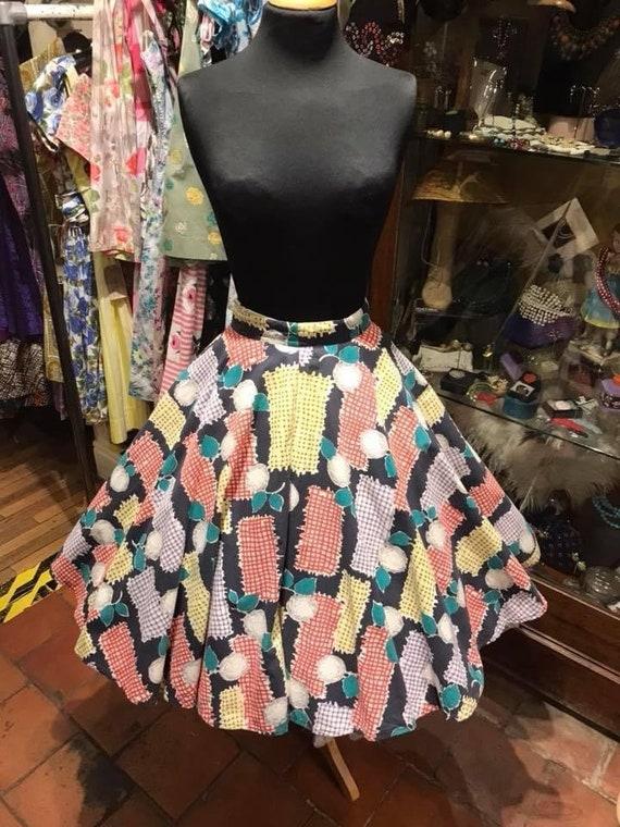 Super full 1950s skirt