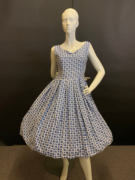 Pretty 50's cotton
