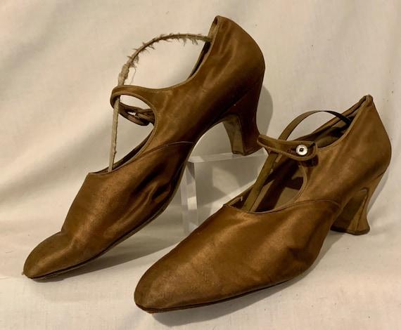 1920s satin shoes