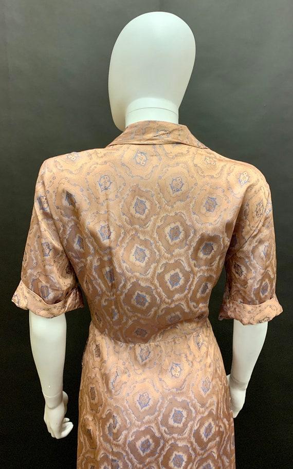 Stunning volup 1940's brocade dress - image 4