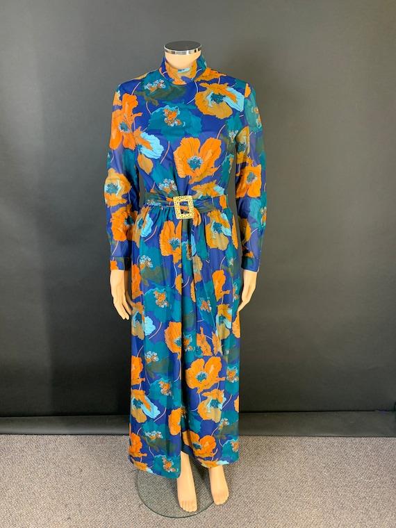 Fantastic 1970s volup maxi dress - image 1