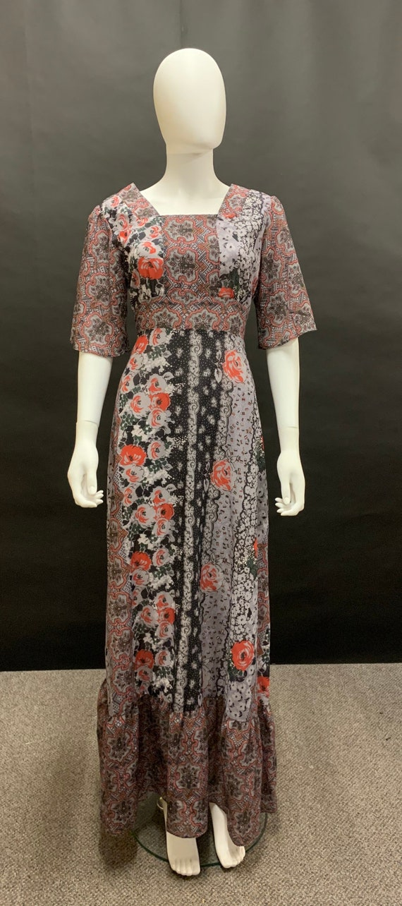1970s volup maxi dress