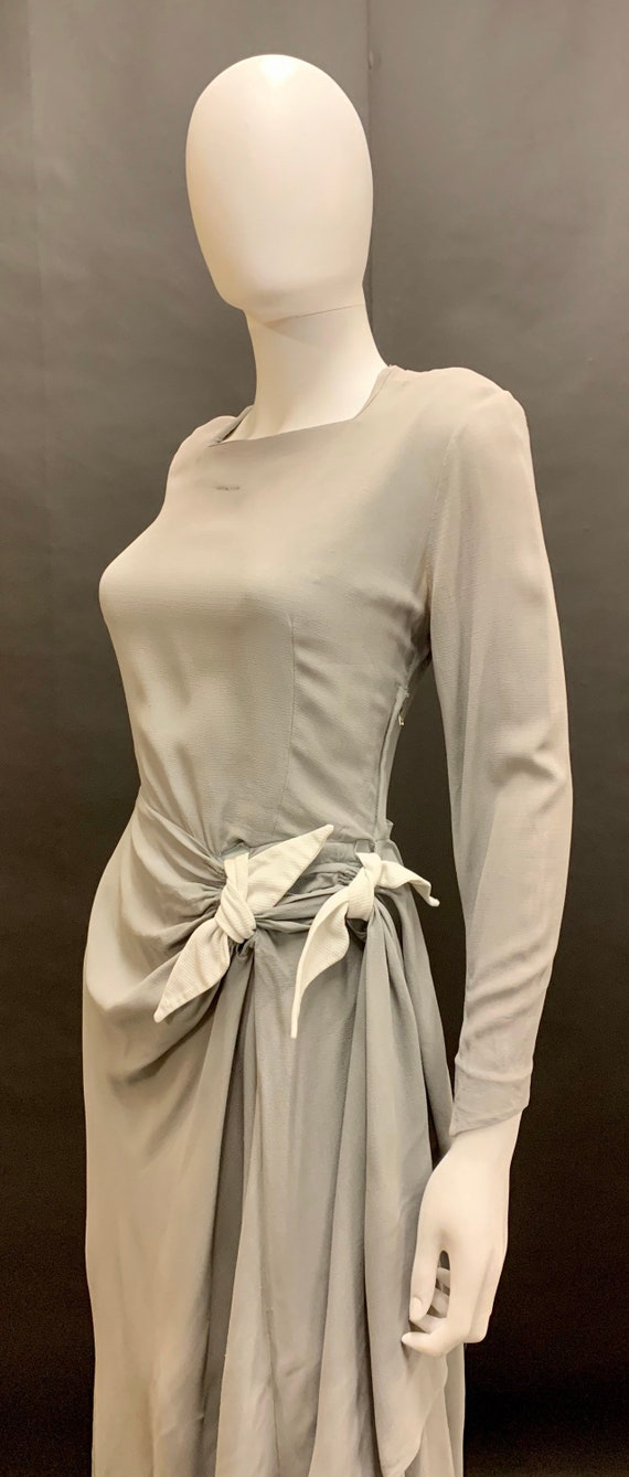 Stunning 40's crepe dress