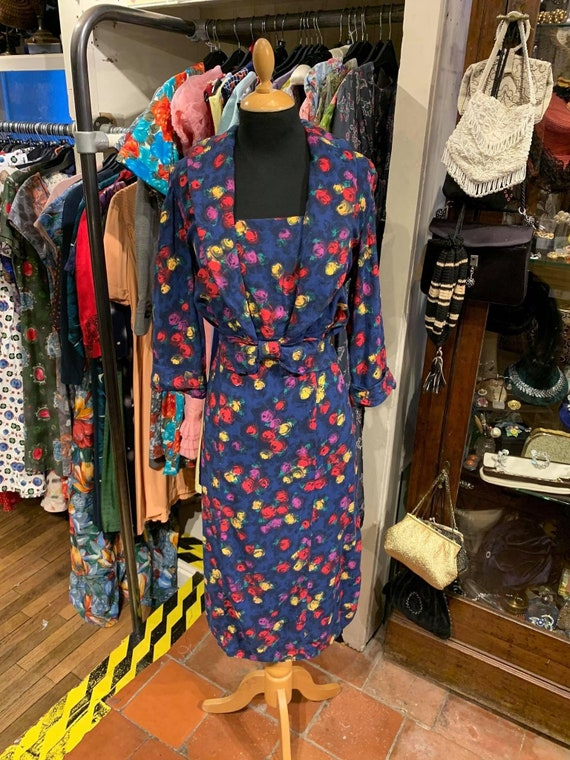 Lovely 1950s winter weight day dress