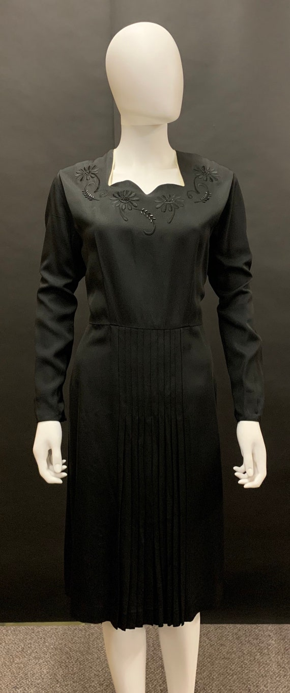 Stunning volup 1940s dress