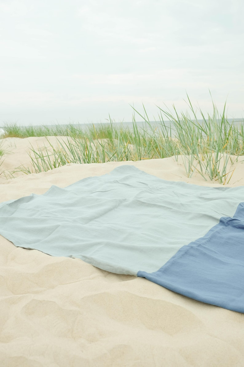 Color Block Beach Blanket made of Softened Linen image 0