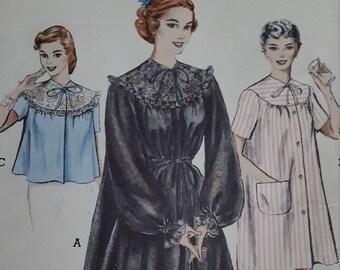 Vintage Butterick 5808 Peignoir Short Nightgown Bedjacket Size 14 Bust 32