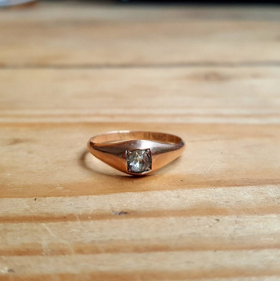 Edwardian Rose Gold ring with out cut paste stone
