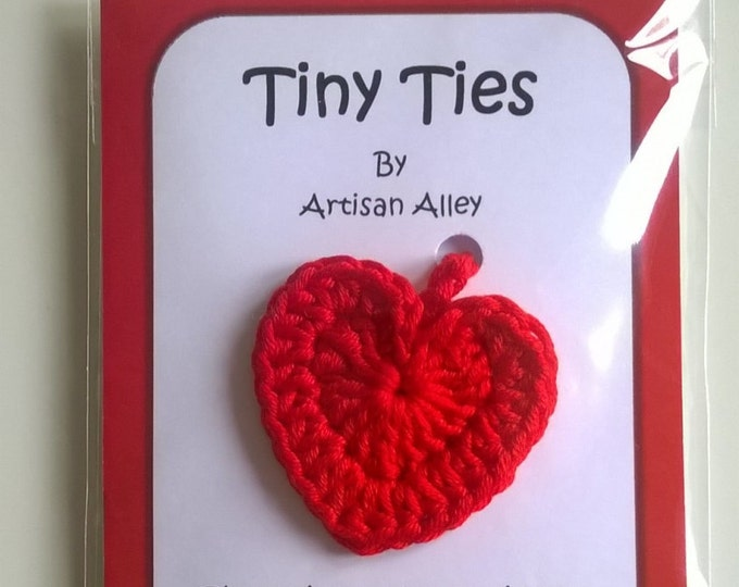 Heart Tiny Ties - Umbilical Cord Tie - Unique Baby Shower Gift