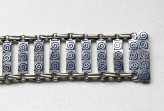 Art Deco 1930s machine age blue and clear paste bracelet