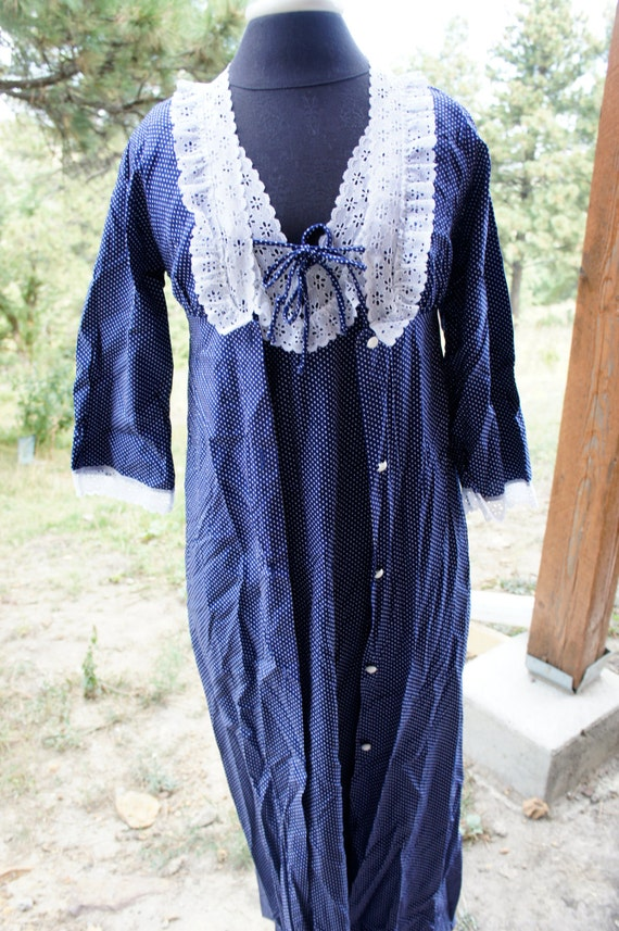 66a2c2df2e Vintage lingerie Lorraine navy dot robe and nightgown long