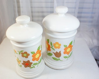 McCoy Gingham Floral Canisters. Medium and Large Pair of VIntage Ceramic kitchen Canisters Country cottage retro kitchen