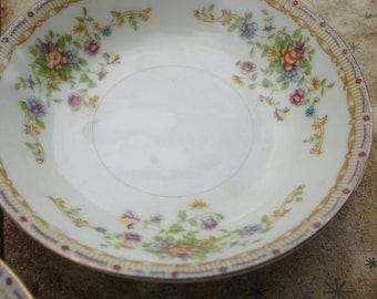 National China Japan Patricia  24 piece 4 place setting Yellow Green Purple Flowers Classic Creme Cottage chic Spring Wedding Dishes