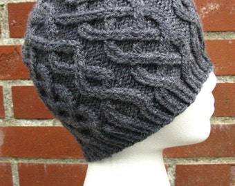 Men's Cabled Beanie (100% Wool)
