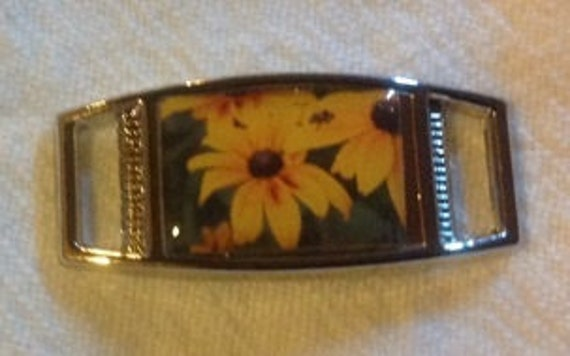 1 Yellow Daisy  Sunflower Rectangle shoelace charm shoes//paracord