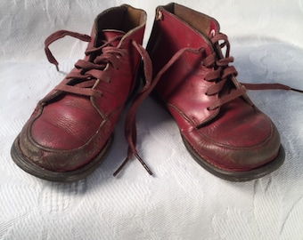 Vintage RED Leather Child's shoes