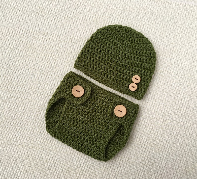 e379e4f92 Baby Hat and Diaper Cover Set. 0-3 month Boy Newborn Photo | Etsy