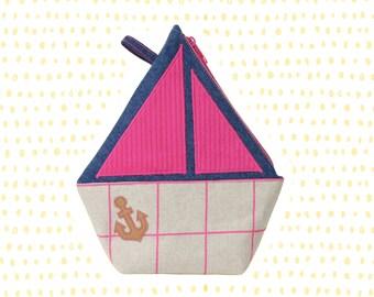 BOAT toilet bag for children
