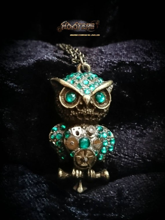 REDUCED ** Deluxe steampunk owl necklace