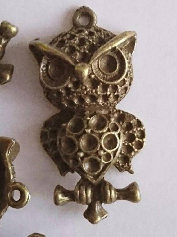 Bronze owl pendants (pack of 20)