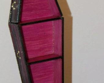 Dollhouse Miniature Halloween Wood Coffin Shelf F Red 1:12 F9A  Dollys Gallery