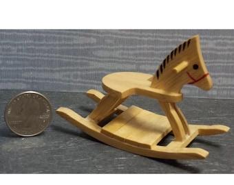 1:12 Échelle en bois Hobby Horse maison de poupées Pépinière Jardin Jouet Accessoire 160
