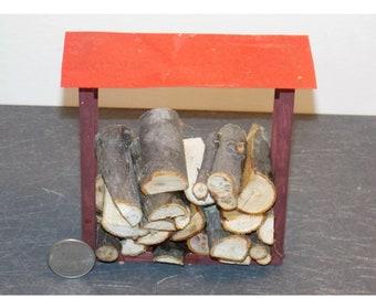 Dollhouse Miniature Wood Rack /& Fire Wood Logs 1:12 inc scale G25 Dollys Gallery