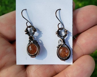 Confetti Sunstone 'Tyet' Wire Wrapped Earrings Oxodized Copper