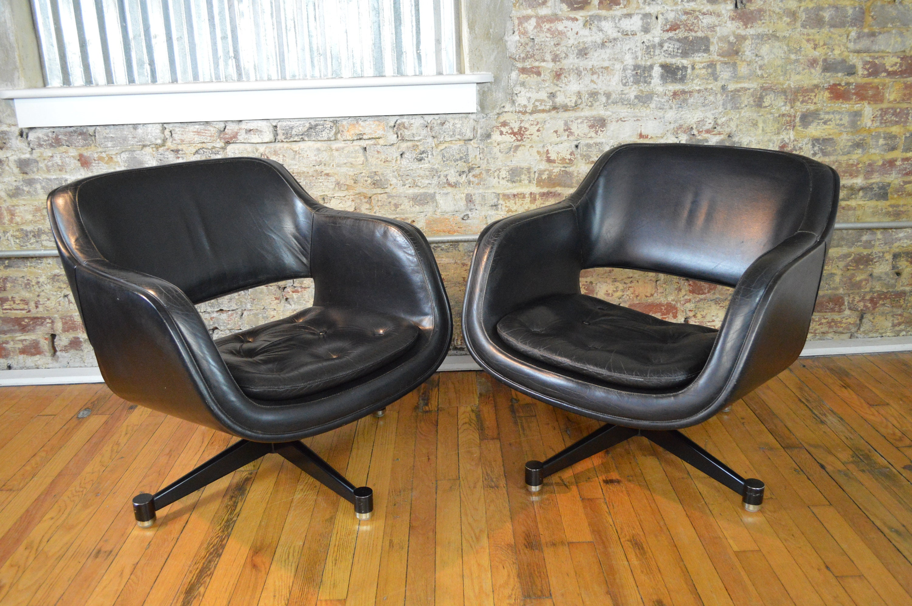 Picture of: Leather Mid Century Modern Swivel Club Chairs By Asko Stendig Etsy